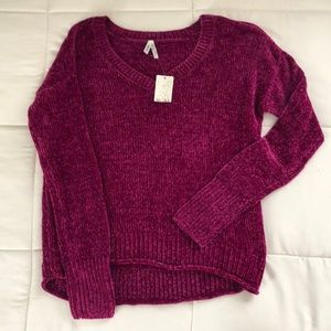 Mudd v neck pullover sweater